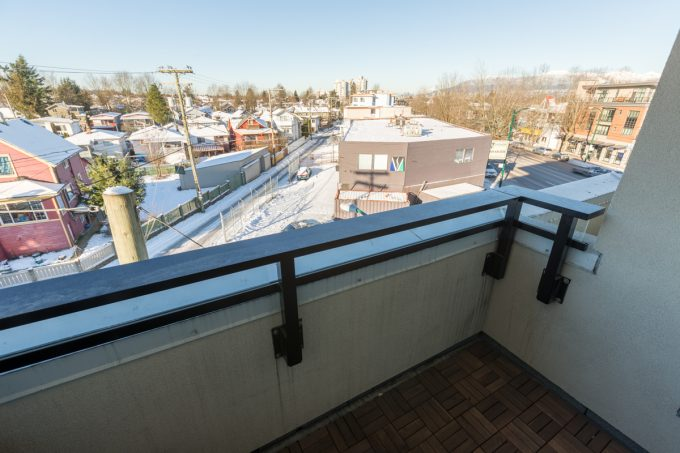 301 4338 commercial street victoria condo for sale for Balcony restaurant group