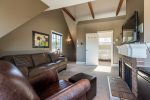 Top Floor Master Suite with Full Ensuite Bath
