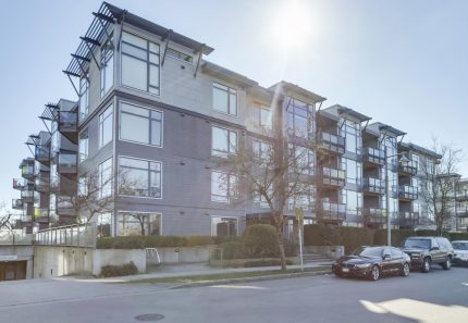 Apartment/Condo real estate for sale | 202 - 14100 Riverport Way - , Richmond