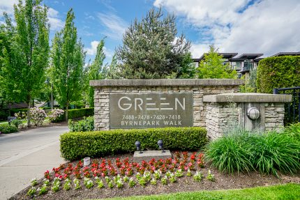Apartment/Condo real estate for sale | 302-7428 Brynepark Walk - South Slope, Burnaby South