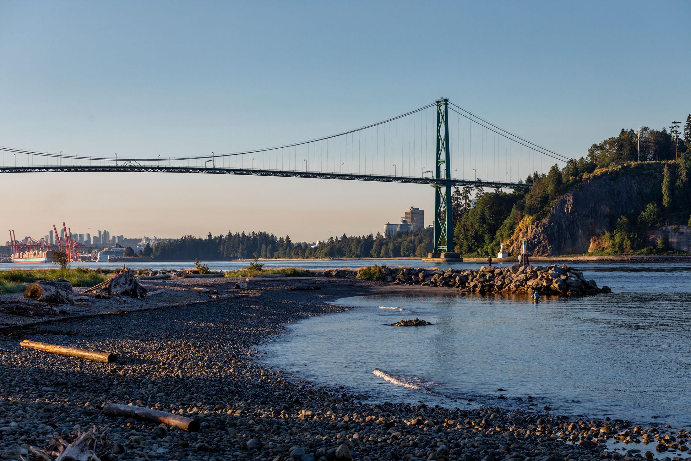 Lions Gate Bridge from Ambleside Park beach, West Vancouver